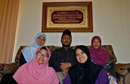 KualaLumpurfamiliapolígama2